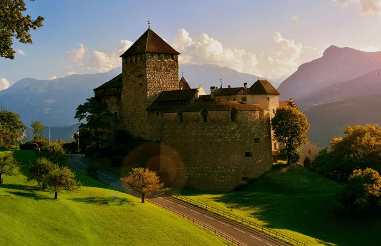 DIAG24 - Fondspolice Standort Liechtenstein